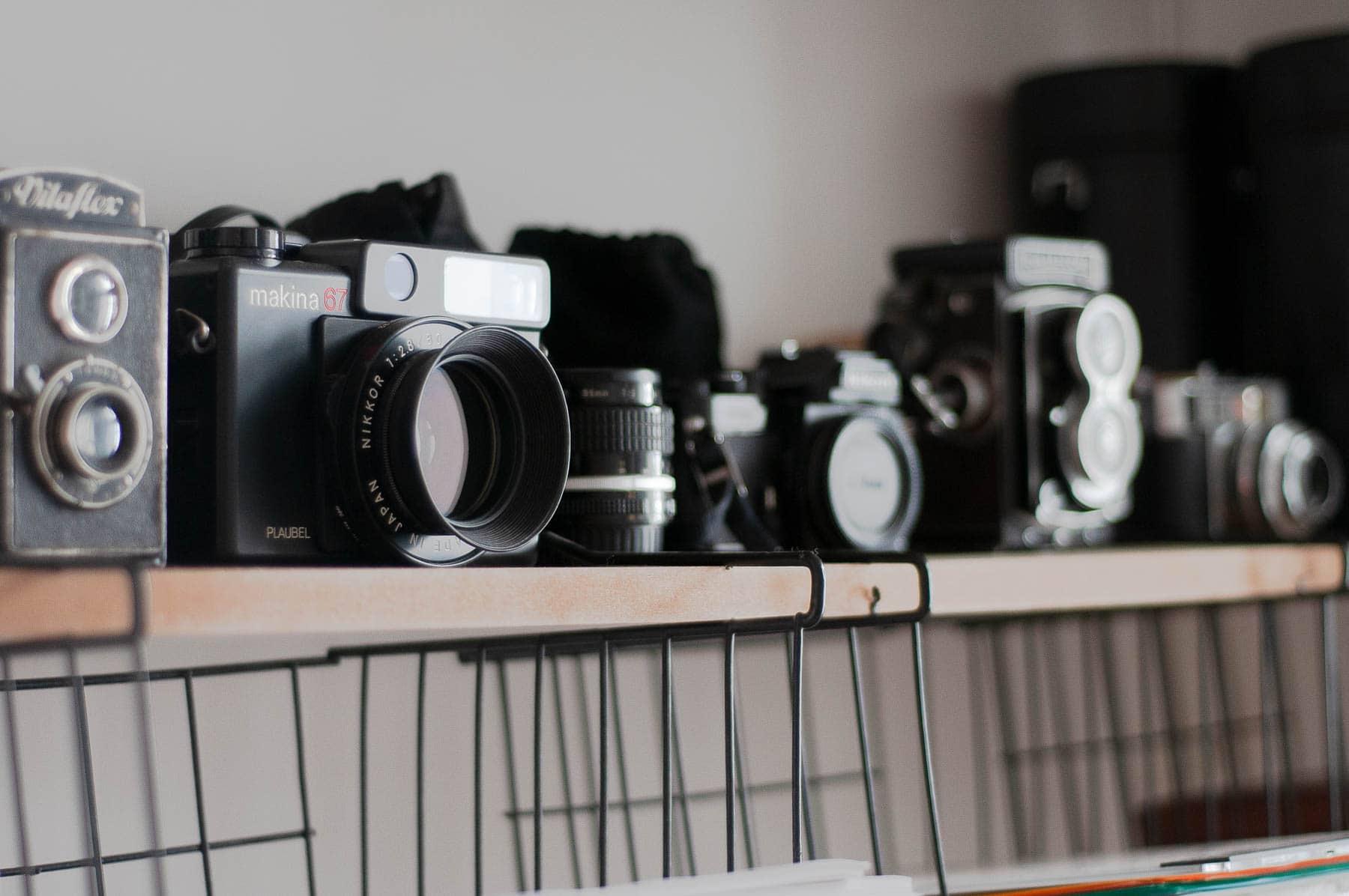 Wir fotografieren im Rahmen des Multimedialen Kreativtrainings und der Kunsttherapie mit analogen Kameras.
